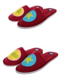 bedroom-couple-slippers-as-best-gift-for-men
