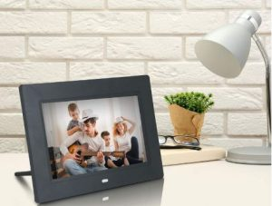 digital-photo-frame-to-gift-men